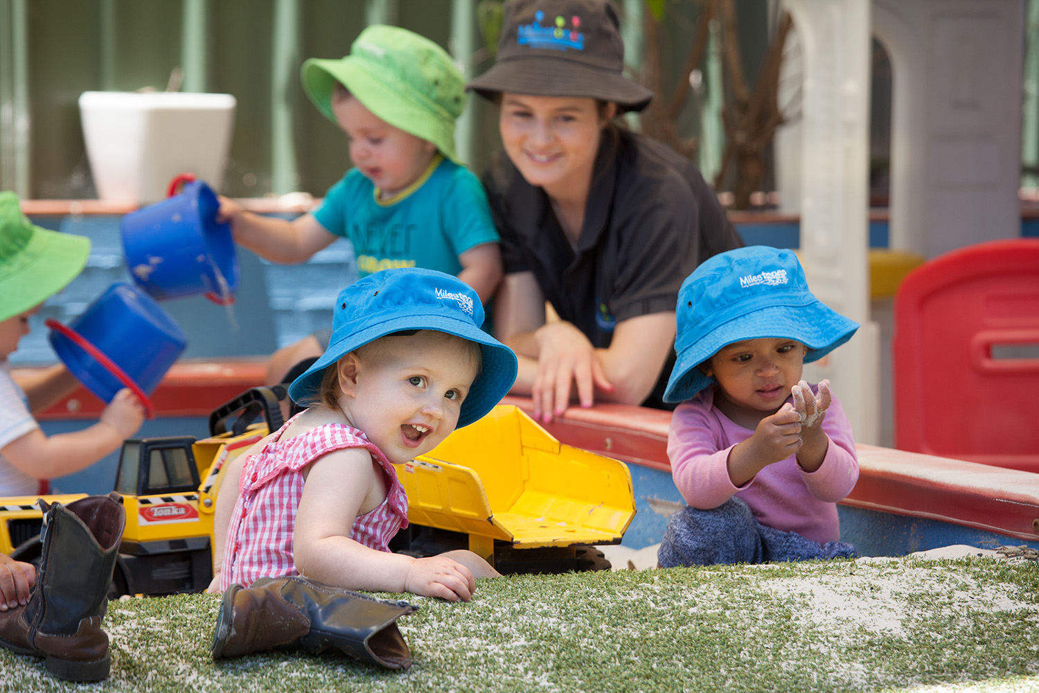 Early childhood: from 1 to 3 years: a selection of sites